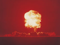 Photo of a nuclear mushroom cloud.